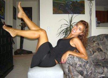 vernachlässigte Ehefrau sucht Mann für erotischen Seitensprung