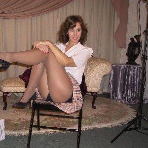 Unbefriedigte Hausfrau sucht private Sextreffen